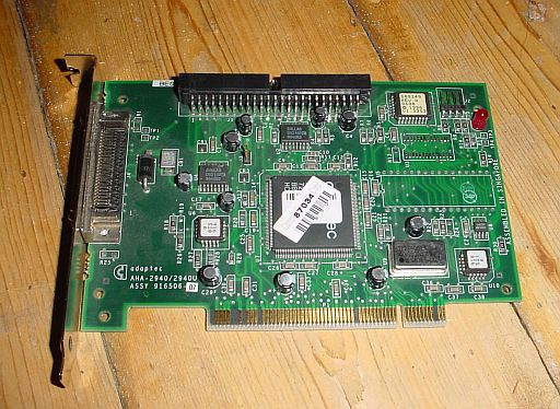 Picture of Adaptec AHA-2940U Ultra SCSI PCI Controller met BIOS